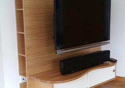 TV Wand Eiche natur+furniert Schiebetür weißlack 2