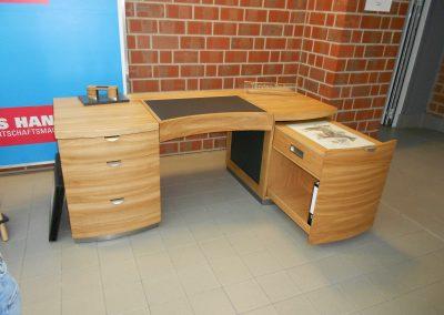 Schreibtisch Eiche geölt / Linoleum schwarz