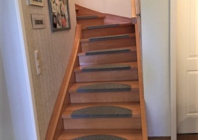 Treppe und Handlauf Buche