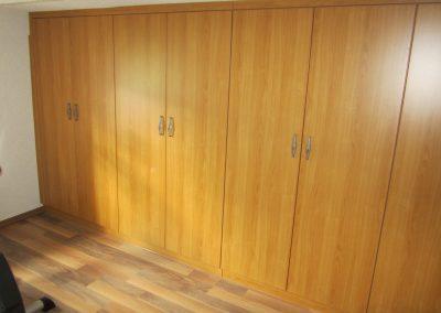 Kleiderschrank Dekorplatte Kirschbaum